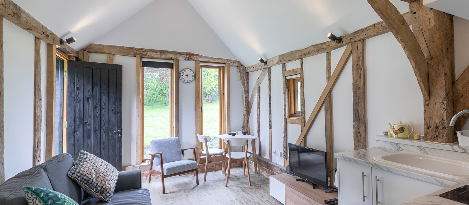 gyd-architecture | restored oak frame