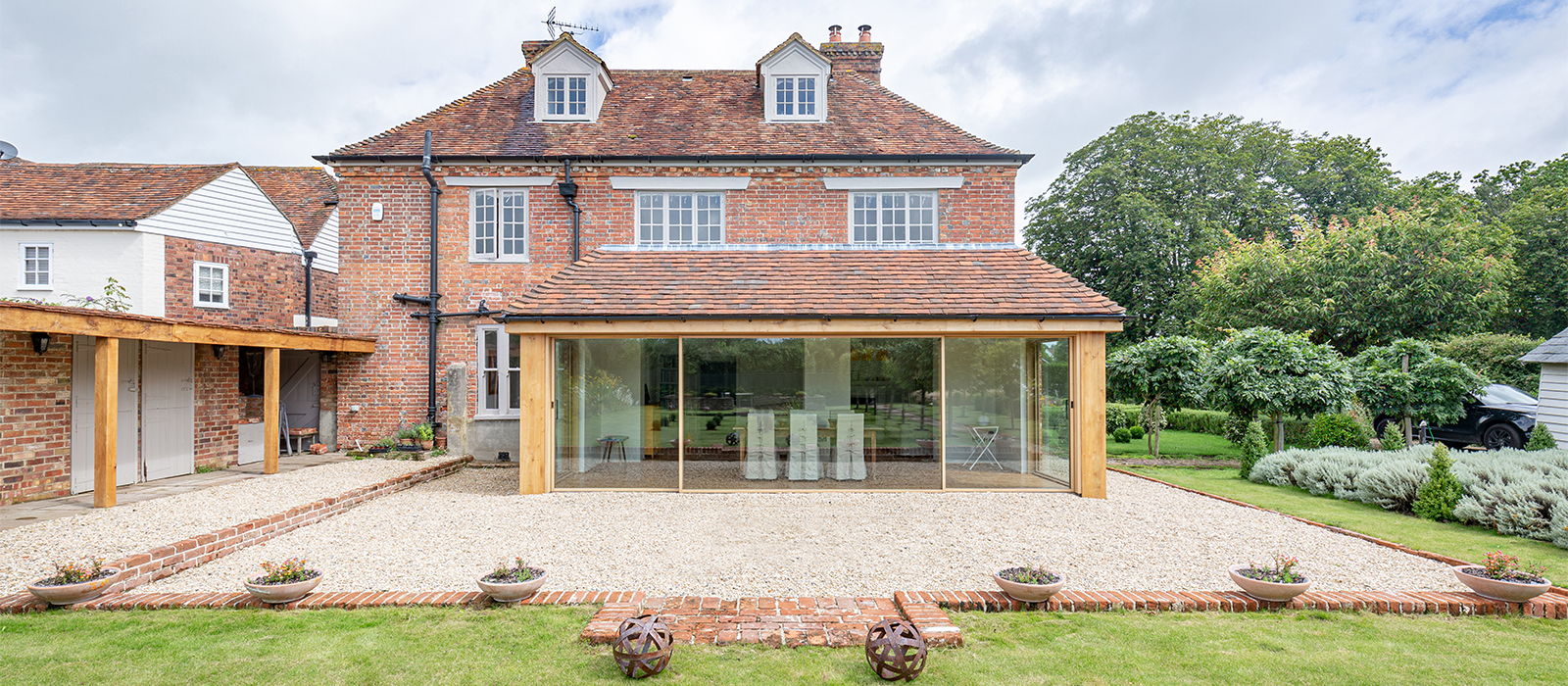 gyd architecture | natural material finishes to extension